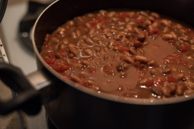 veggie-chili-recipe-plant-based-kelly-7